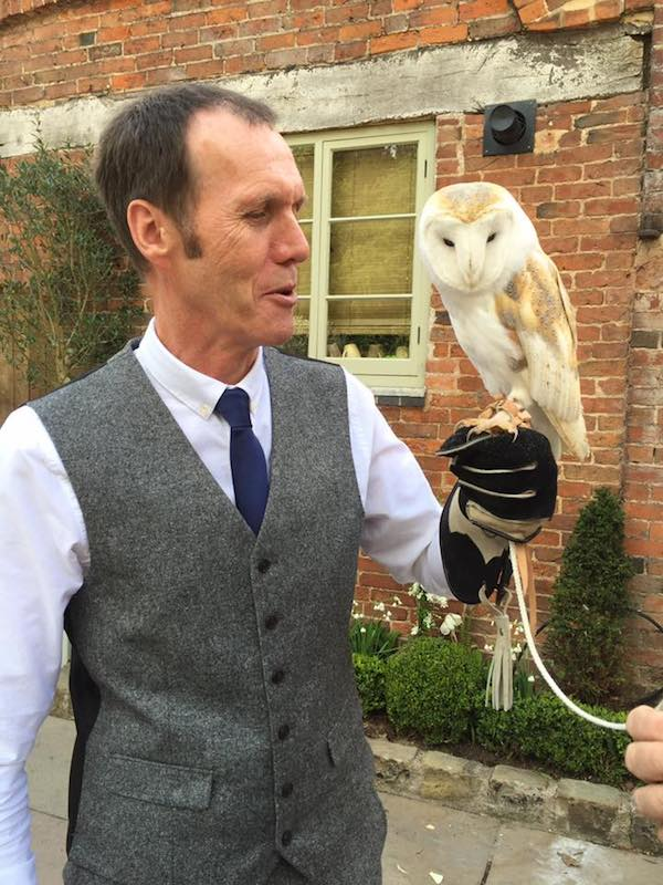 Ring-on-a-wing-owl-ring-bearer-rob-jen-4